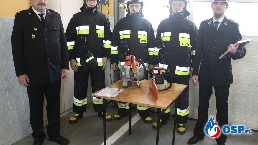 Średzka OSP wzbogaciła się o nowy sprzęt oraz ubrania bojowe OSP Ochotnicza Straż Pożarna