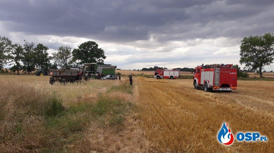 Pożar na polu ze zbożem na trasie Biała - Korfantów OSP Ochotnicza Straż Pożarna