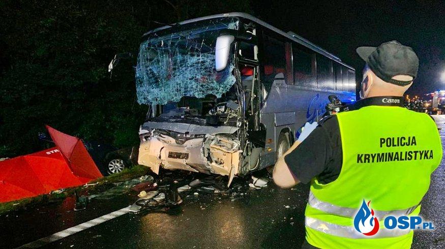 9 osób zginęło w zderzeniu busa z autokarem. Koszmarny wypadek pod Gliwicami. OSP Ochotnicza Straż Pożarna