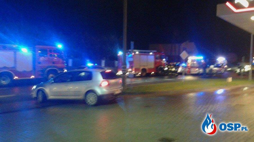 Wypadek na drodze wojewódzkiej numer 190 w Szamocinie OSP Ochotnicza Straż Pożarna