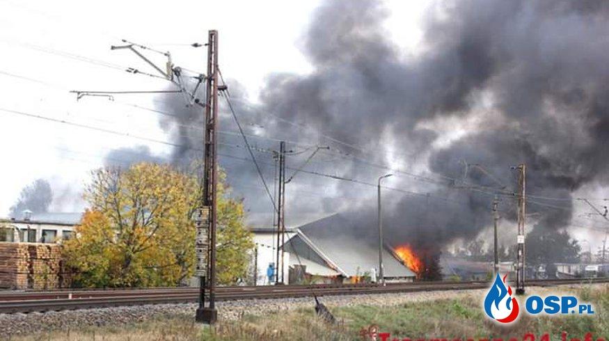 Pożar hali magazynowej !!! OSP Ochotnicza Straż Pożarna