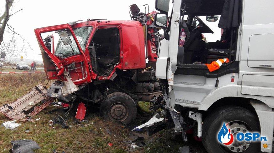 Wypadek Drogowy z udziałem 4 pojazdów w miejscowości Kliny OSP Ochotnicza Straż Pożarna