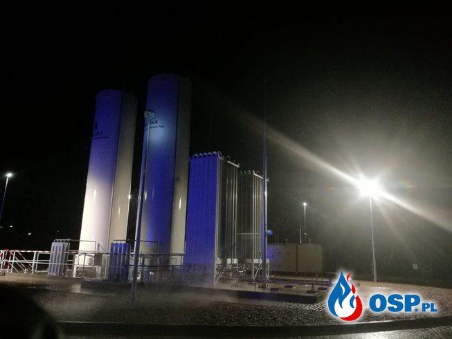 Pożar w bloku i wyciek gazu na stacji regazyfikacji LNG 21-02-2019 OSP Ochotnicza Straż Pożarna