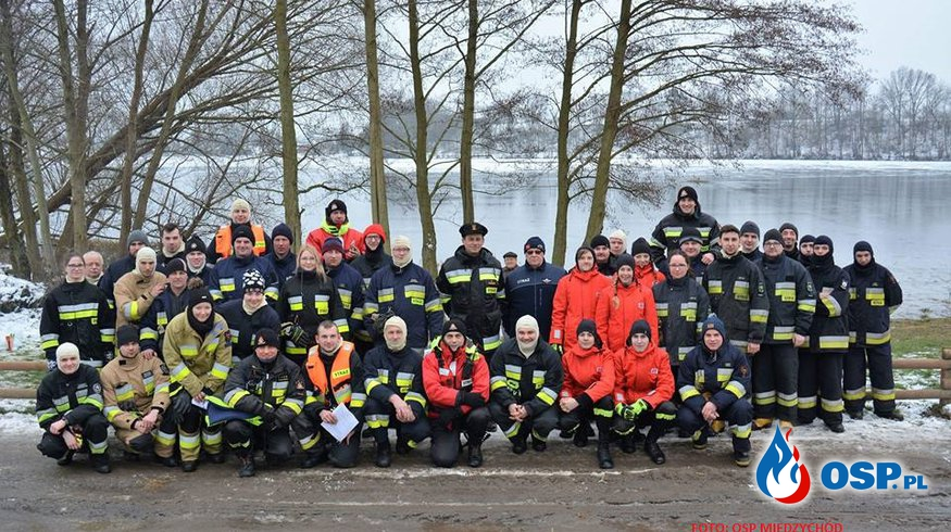 ćwiczenia na zamarzniętych akwenach OSP Ochotnicza Straż Pożarna