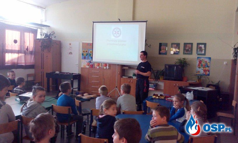 Prelekcja z pierwszej pomocy w Trumiejach OSP Ochotnicza Straż Pożarna