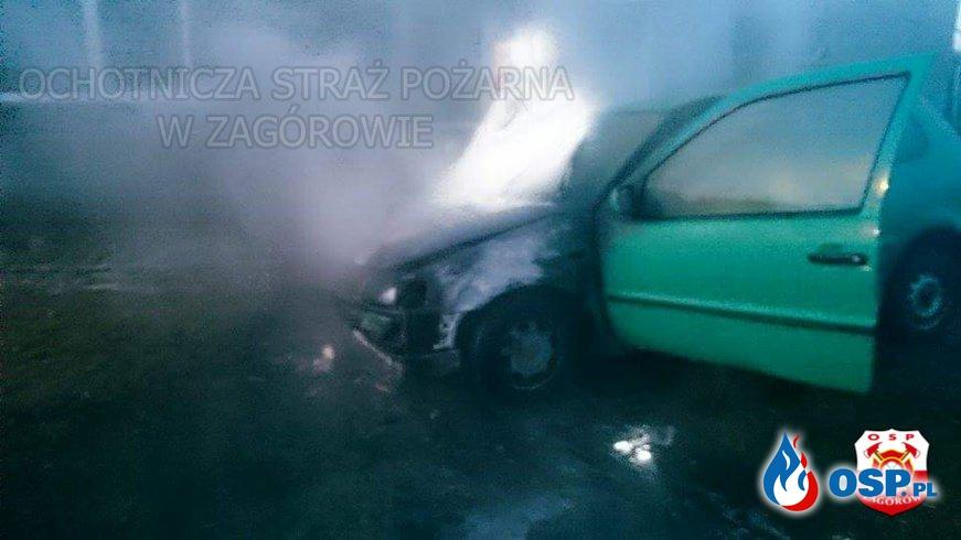 Pożar samochodu osobowego. OSP Ochotnicza Straż Pożarna