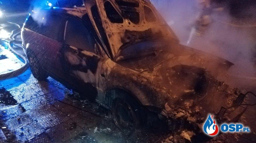 Pożar Samochodu w Samborowie OSP Ochotnicza Straż Pożarna
