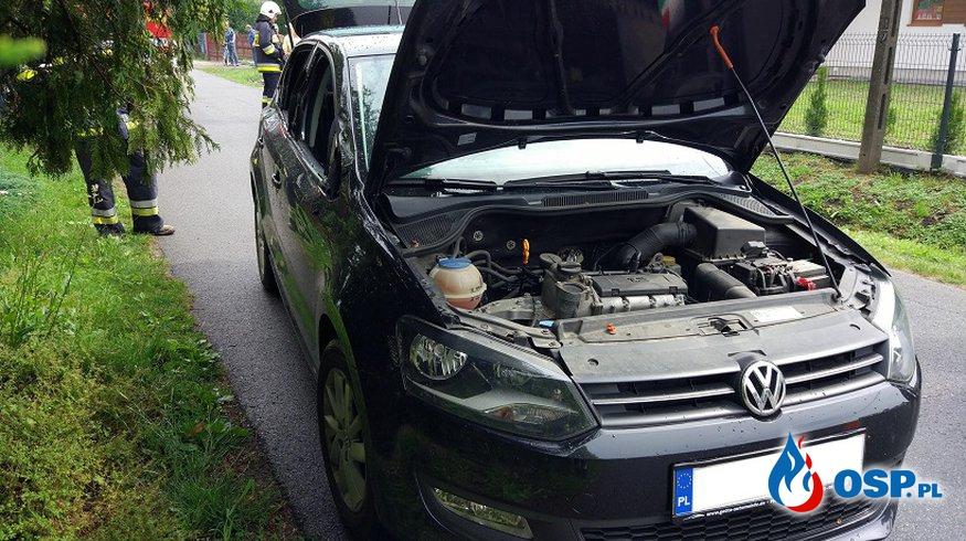 kolizja samochodu dostawczego z osobówką OSP Ochotnicza Straż Pożarna