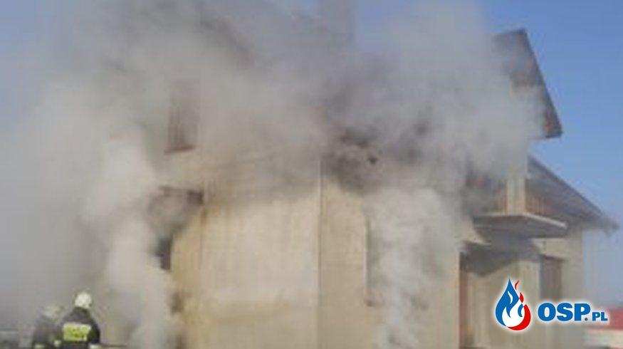 Pożar domu w Pokomszach OSP Ochotnicza Straż Pożarna