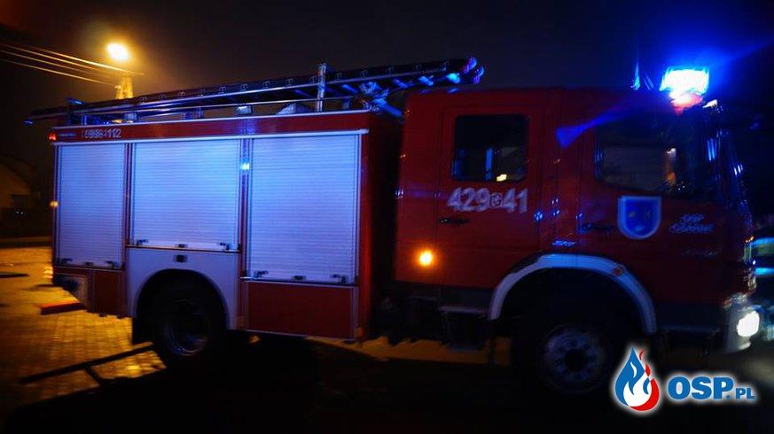 Pożar instalacji elektrycznej w markecie Biedronka m.Czarne. OSP Ochotnicza Straż Pożarna