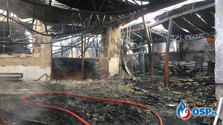 Pożar krajalni pianki tapicerskiej OSP Ochotnicza Straż Pożarna