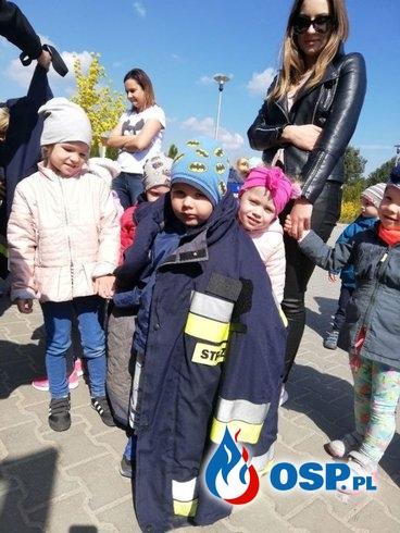 Strażacy odwiedzili dzieci w Przedszkolu Amica Kids OSP Ochotnicza Straż Pożarna