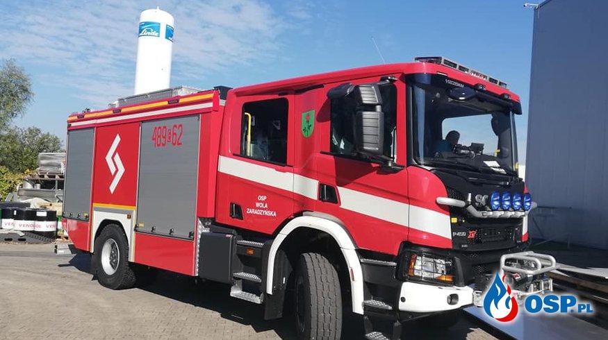 """Scania """"w nowej budzie"""". Jedna z pierwszych w kraju trafiła do Woli Zaradzyńskiej. OSP Ochotnicza Straż Pożarna"""