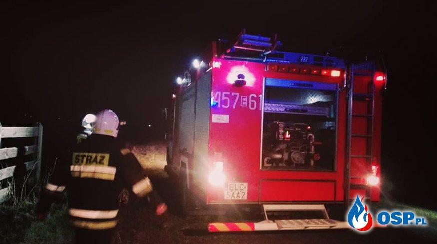Pożar suchej trawy przed północą OSP Ochotnicza Straż Pożarna
