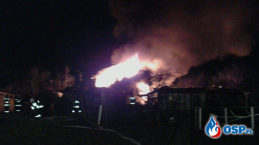 Pożar altany na ogródkach działkowych. OSP Ochotnicza Straż Pożarna