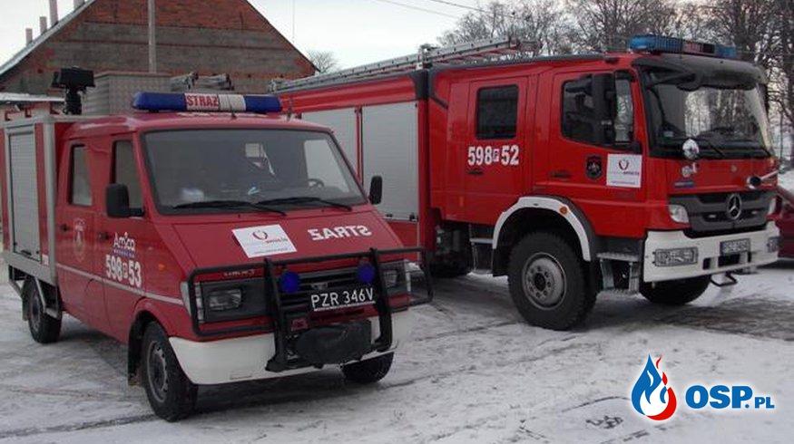 OSP Amica pomaga Fundacji Amicis w dostarczaniu paczek OSP Ochotnicza Straż Pożarna