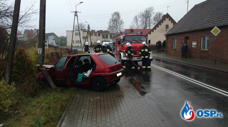 Kolizja w miejscowości Siemczyno-DK20 OSP Ochotnicza Straż Pożarna