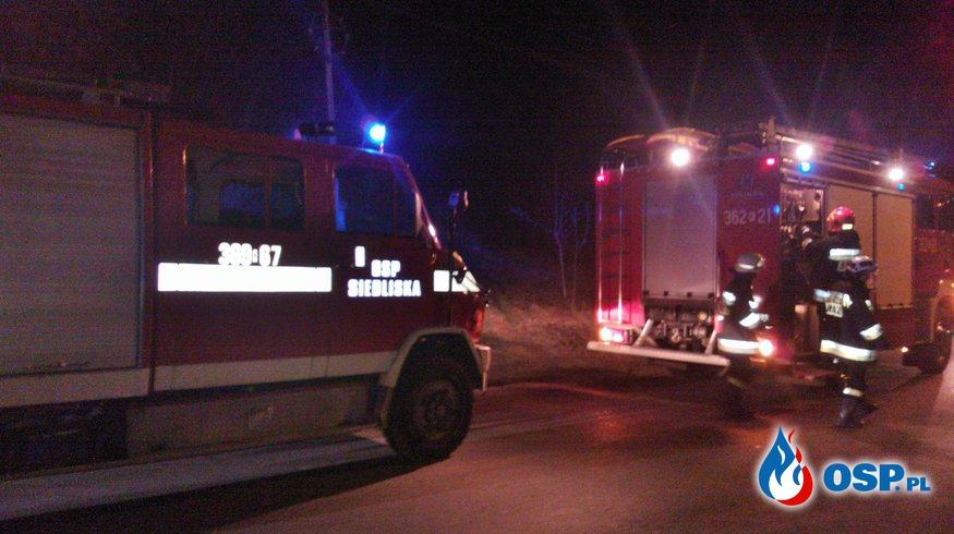 Noworoczny pożar budynku gospodarczego w Siedliskach OSP Ochotnicza Straż Pożarna