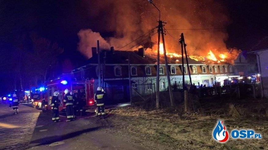 Pożar budynku wielorodzinnego w Kochcicach OSP Ochotnicza Straż Pożarna