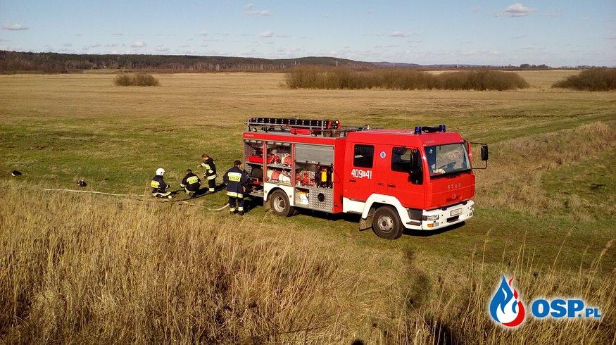 Pożar nasypu kolejowego! Apelujemy o rozwagę! OSP Ochotnicza Straż Pożarna