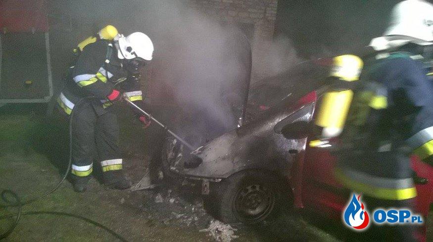 Wigilia - Pożar samochodu osobowego!!! OSP Ochotnicza Straż Pożarna