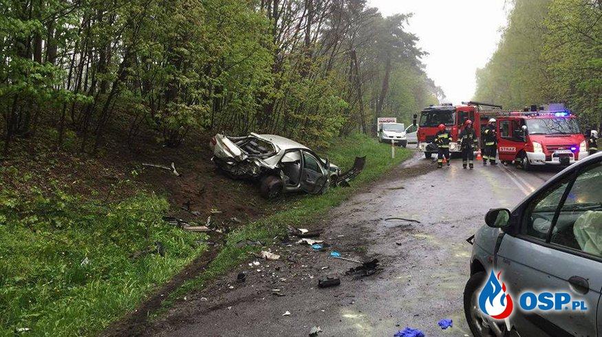 Wypadek dwóch samochodów na drodze wojewódzkiej nr 254! OSP Ochotnicza Straż Pożarna