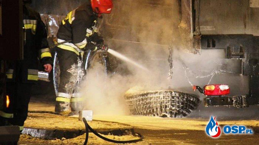Pożar naczepy z indykami OSP Ochotnicza Straż Pożarna