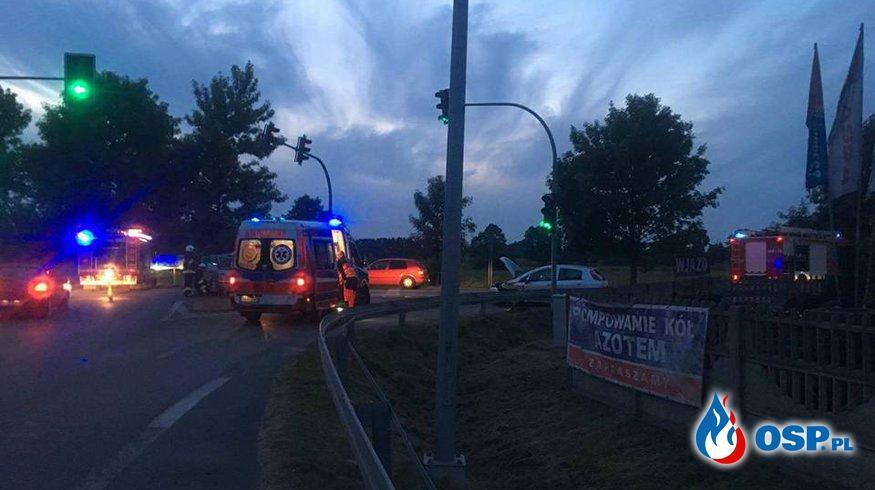 """Wypadek 2 pojazdów osobowych na """"starej 8"""" [45/2017] OSP Ochotnicza Straż Pożarna"""