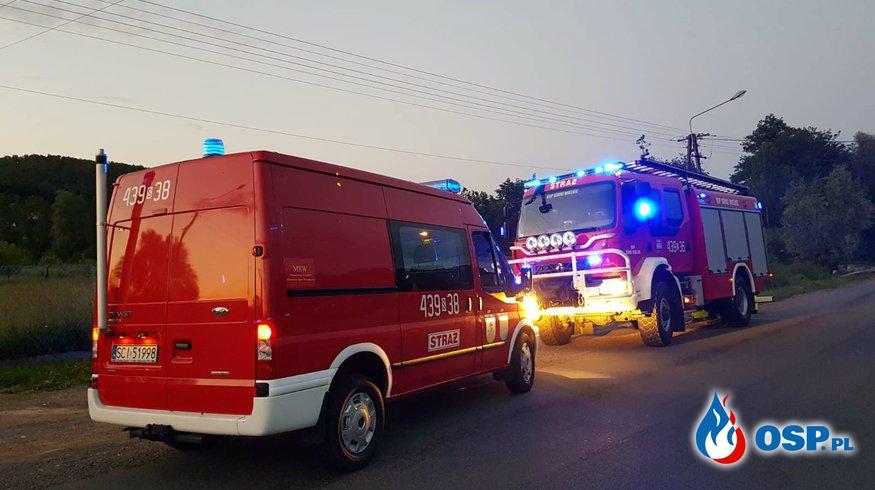 Olej na jezdni OSP Ochotnicza Straż Pożarna