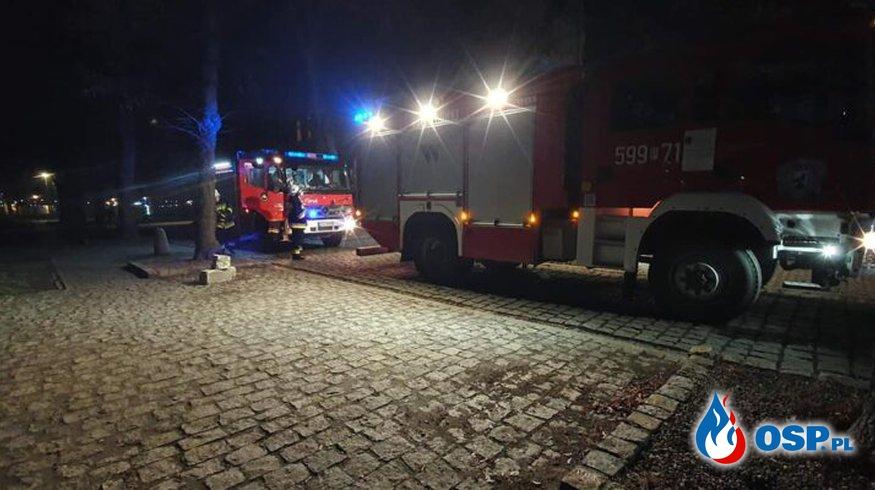 Wronki – pożar makulatury OSP Ochotnicza Straż Pożarna