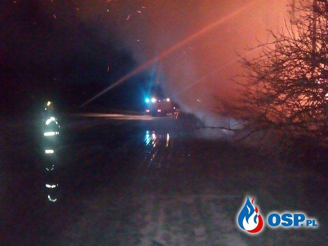 Pożar słomy w Chrustowie. OSP Ochotnicza Straż Pożarna