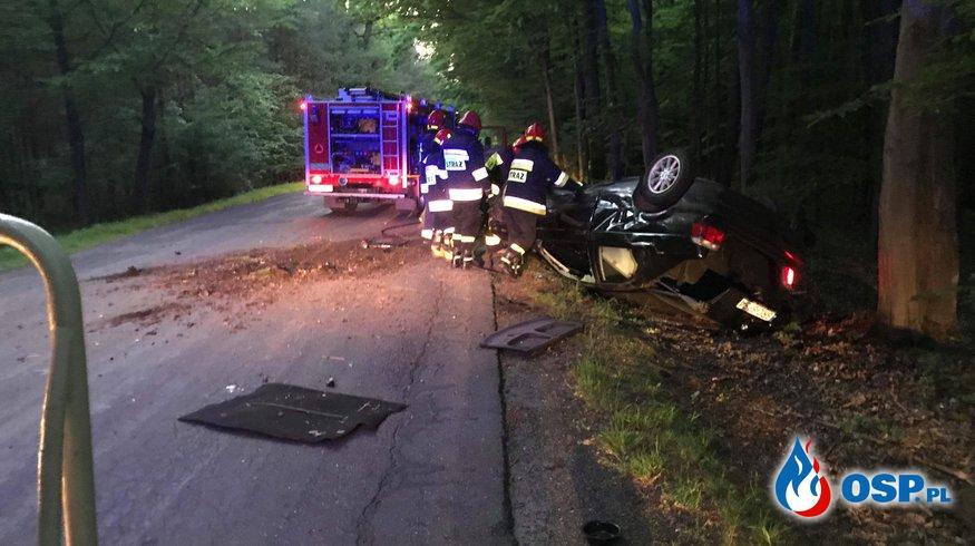 Wypadek samochodowy!  OSP Ochotnicza Straż Pożarna