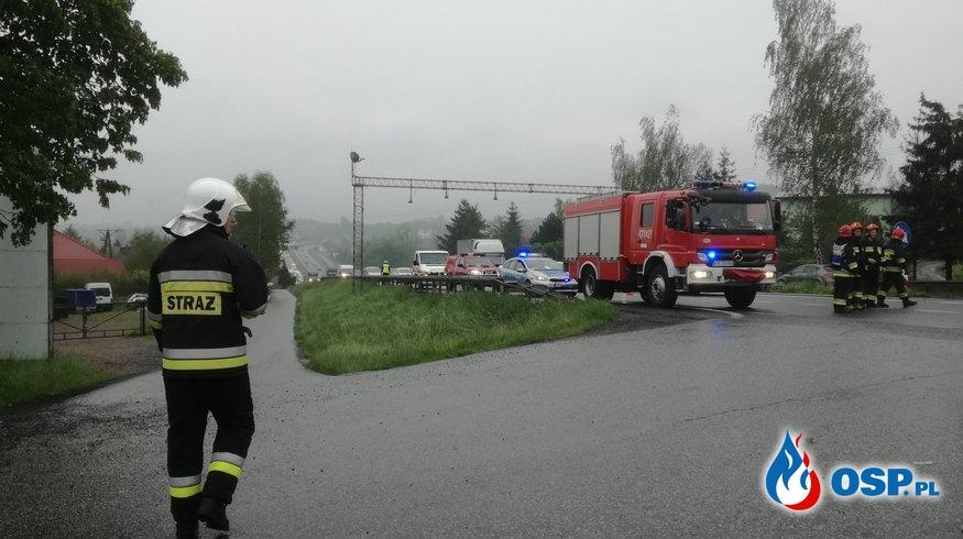 Wypadek dwóch samochodów osobowych na DK 7 - 24 maja 2019r. OSP Ochotnicza Straż Pożarna