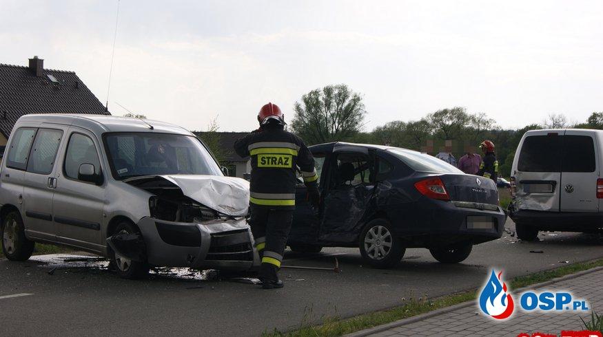Wypadek trzech samochodów w Turze OSP Ochotnicza Straż Pożarna