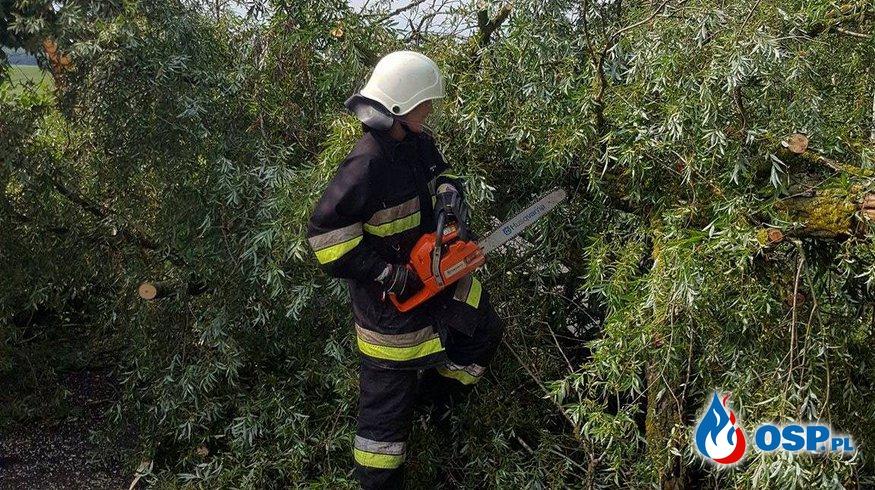 Usuwanie skutków oberwania chmury! OSP Ochotnicza Straż Pożarna