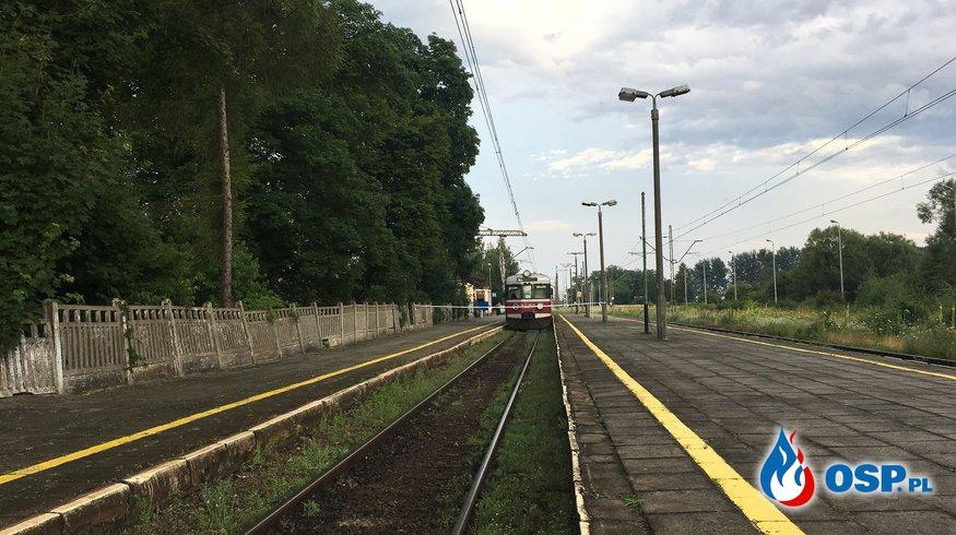 Bomba w pociągu osobowym. OSP Ochotnicza Straż Pożarna