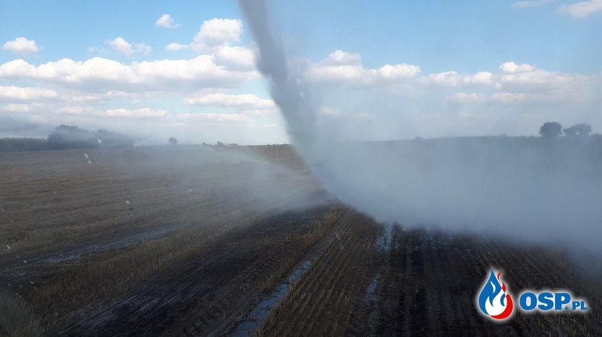 Pożar słomy i ścierniska w Procyniu OSP Ochotnicza Straż Pożarna