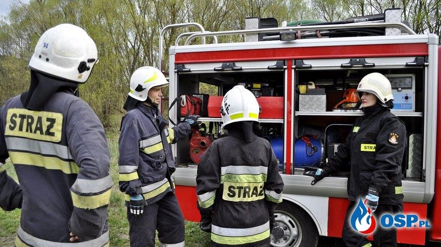 Ćwiczenia na Dawnej Tkalni w Lubawce OSP Ochotnicza Straż Pożarna
