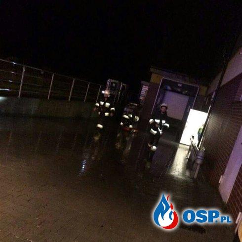 Podtopienie budynku w Biertowicach. OSP Ochotnicza Straż Pożarna