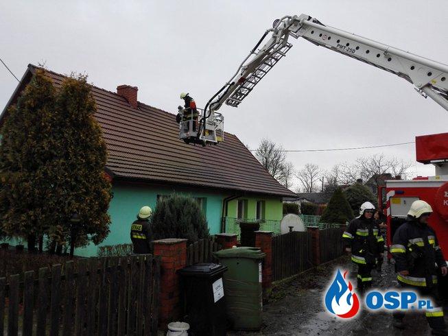 Pożar sadzy w kominie - Kolonia Kołłątaja. OSP Ochotnicza Straż Pożarna