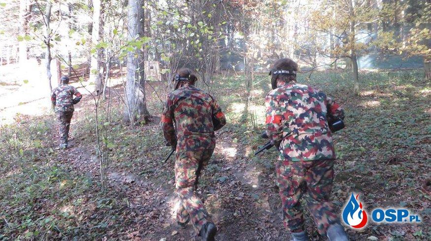 Młodzież na poligonie uczyła się współpracy, opanowania i cierpliwości OSP Ochotnicza Straż Pożarna