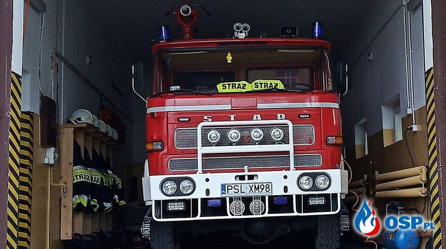 Wypadek samochodu osobowego w Ostrowie OSP Ochotnicza Straż Pożarna