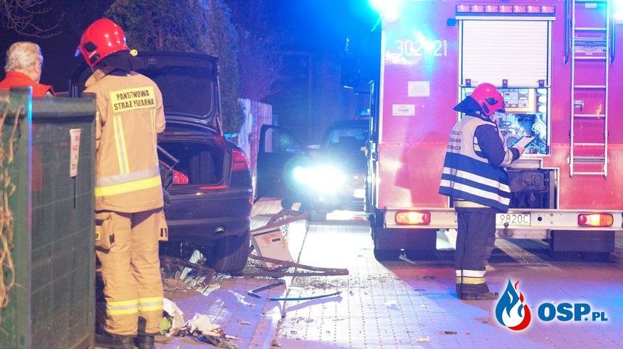 Pijana 29-latka w audi A8 potrąciła pieszego i staranowała ogrodzenie OSP Ochotnicza Straż Pożarna