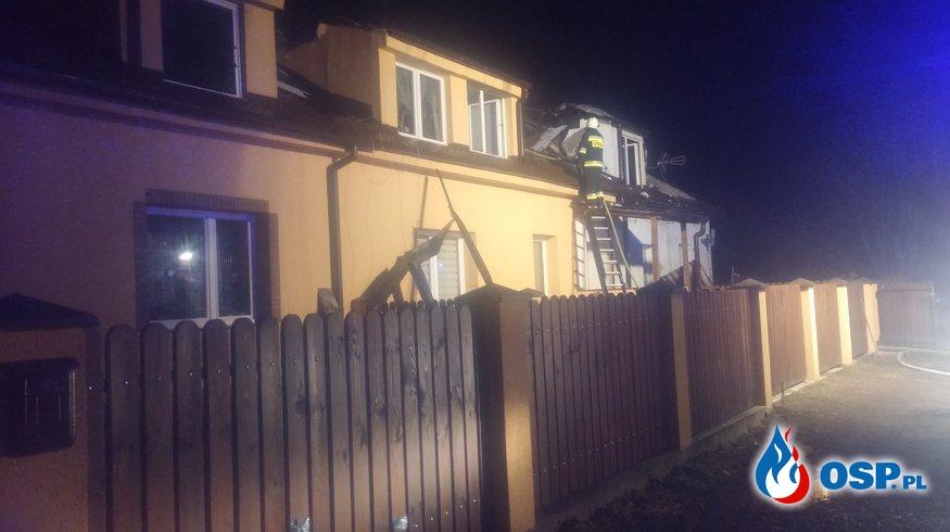 Pożar domu wielorodzinnego w miejscowości Smykowo. Mieszkańcy stracili dach nad głową OSP Ochotnicza Straż Pożarna