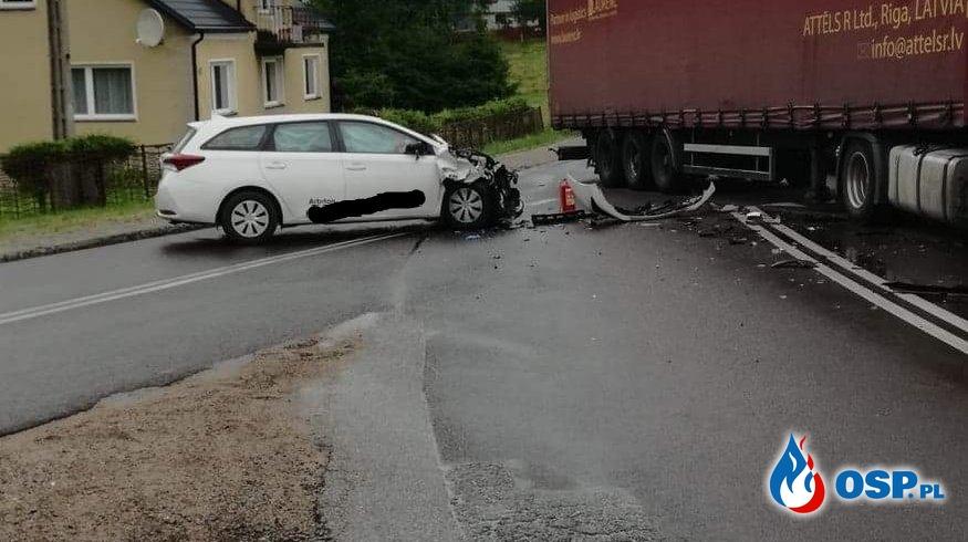 Wypadek drogowy Stare Kiełbonki - skrzyżowanie DK 58 i 59 OSP Ochotnicza Straż Pożarna