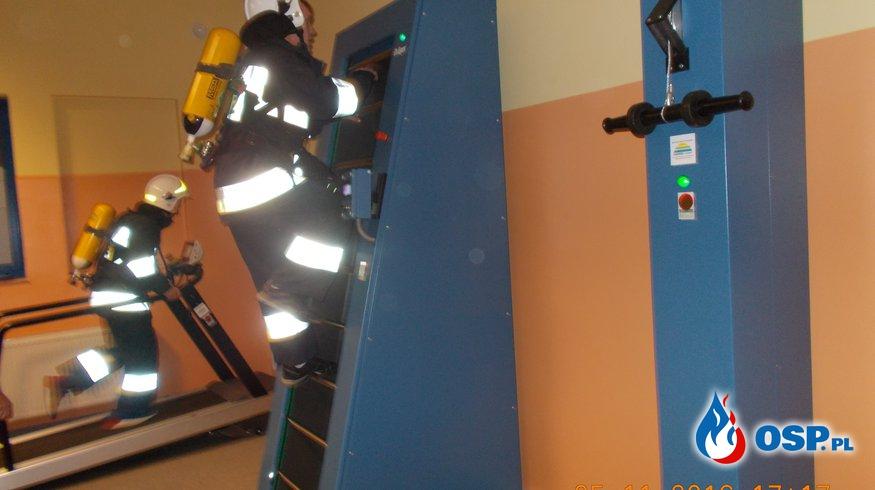 Ćwiczenia w komorze dymowej  Ostrów Wielkopolski OSP Ochotnicza Straż Pożarna