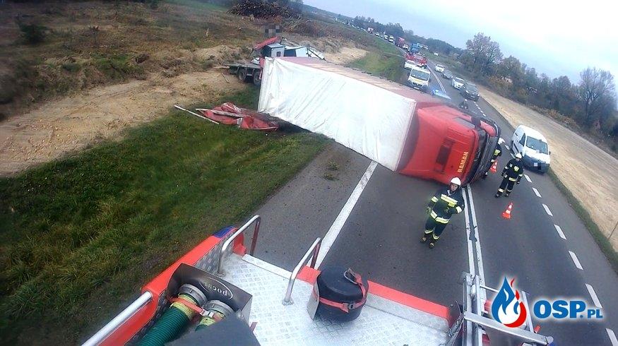 Kolizja pojazdu ciężarowego na DK7 OSP Ochotnicza Straż Pożarna