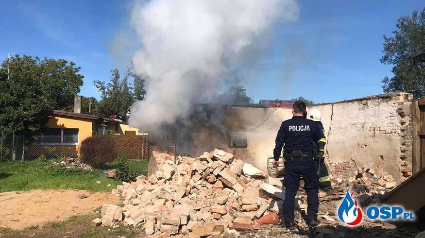 171/2020 Pożar w gruzowisku budynku gospodarczego OSP Ochotnicza Straż Pożarna