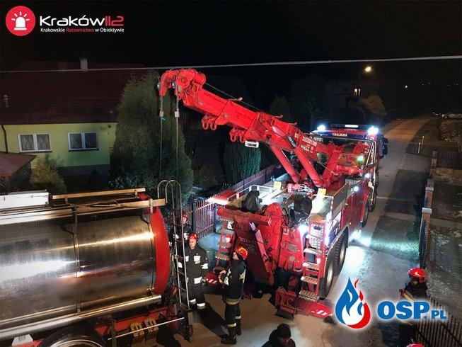 Grabie - cysterna w rowie OSP Ochotnicza Straż Pożarna