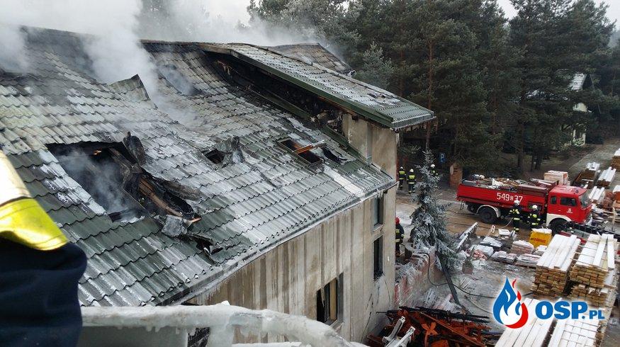 Pożar budynku socjalnego w tartaku w Legbądzie OSP Ochotnicza Straż Pożarna